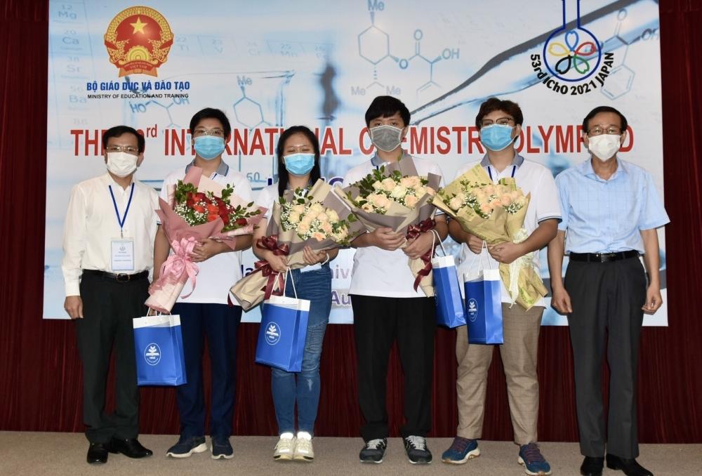 Học sinh Việt Nam giành 3 Huy chương Vàng tại Olympic Hóa học quốc tế