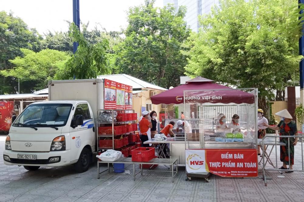 Quận Ba Đình: Triển khai các điểm bán hàng lưu động, cung ứng hàng hóa thiết yếu cho nhân dân