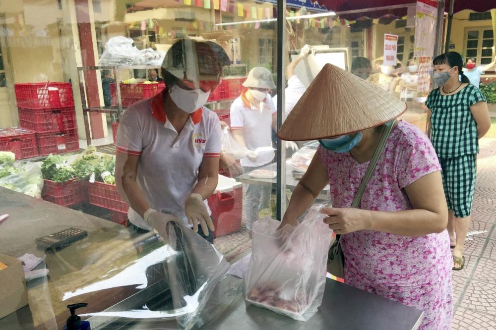 Quận Ba Đình: Mở rộng các điểm bán hàng lưu động phục vụ người dân