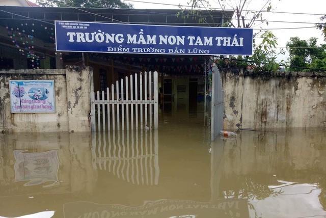 Đảm bảo an toàn cho học sinh vùng mưa lũ