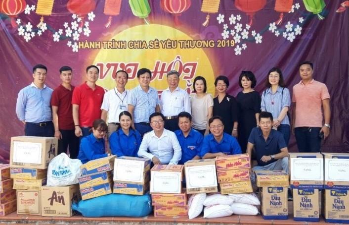 Quận Ba Đình: Hành trình chia sẻ yêu thương đến với Hòa Bình
