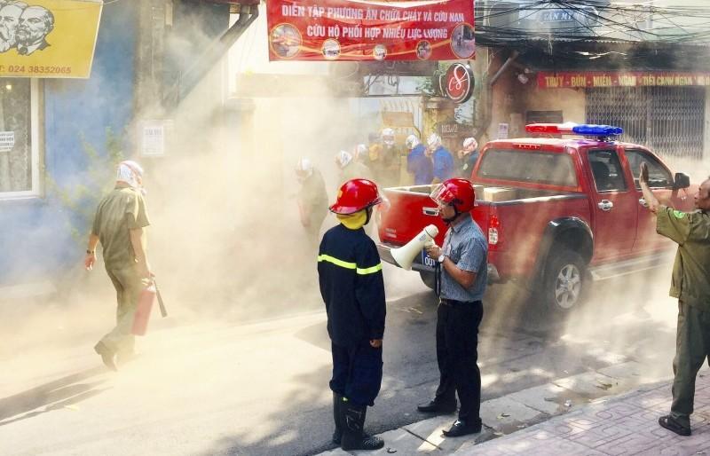Diễn tập phương án chữa cháy và cứu nạn, cứu hộ phối hợp nhiều lực lượng