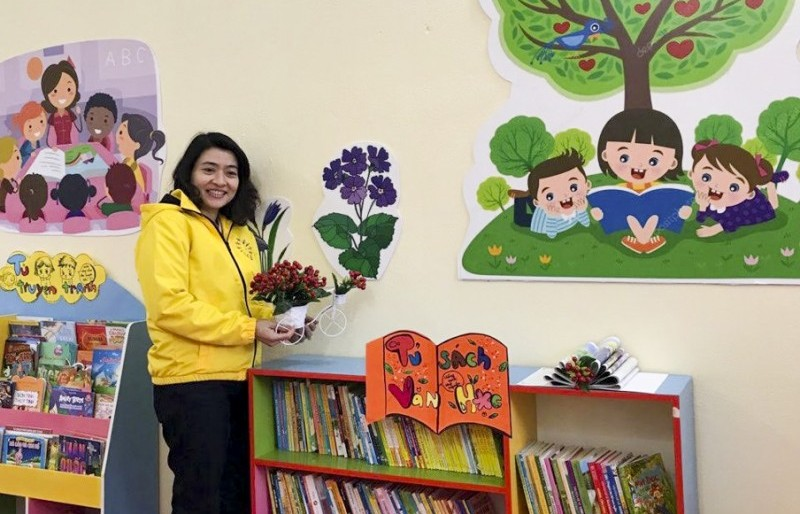 """Cô giáo """"say mê"""" truyền lửa văn hóa đọc  cho học sinh"""