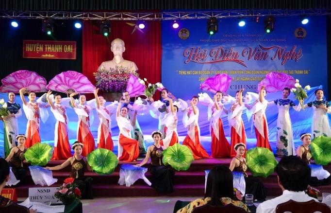 Sôi nổi hội diễn văn nghệ ngành Giáo dục và Đào tạo huyện Thanh Oai