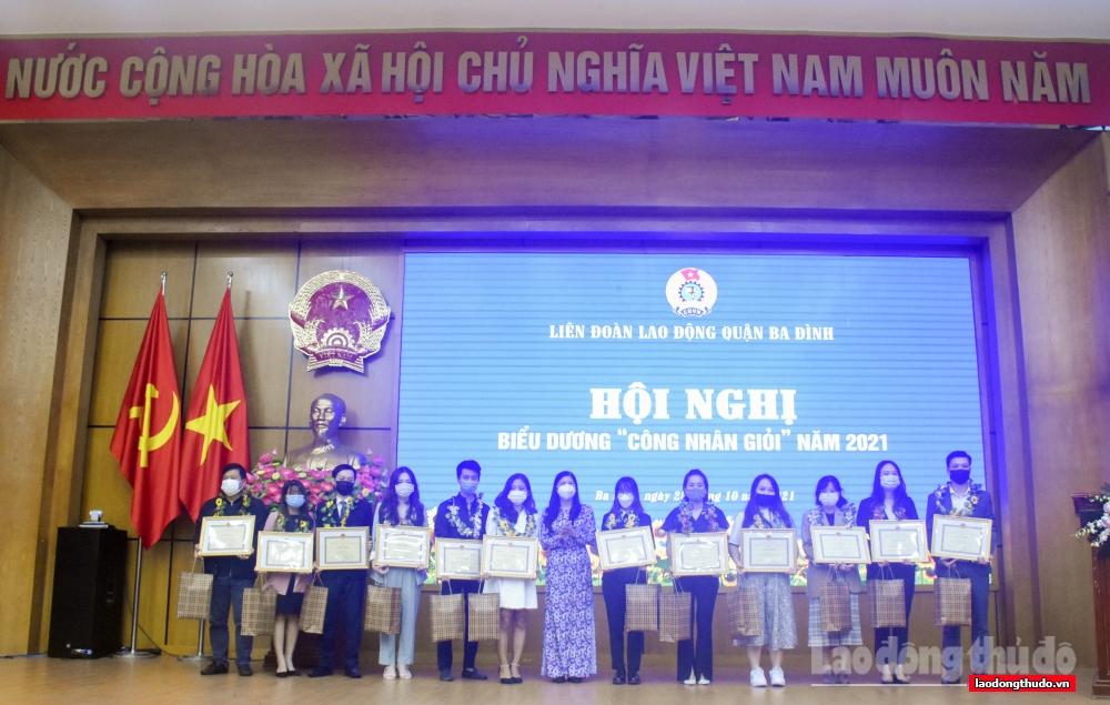 Liên đoàn Lao động quận Ba Đình: Biểu dương 78 Công nhân giỏi cấp quận