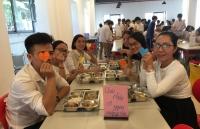 Bữa trưa trọn yêu thương nhân dịp 20/11 của học sinh Ban Mai