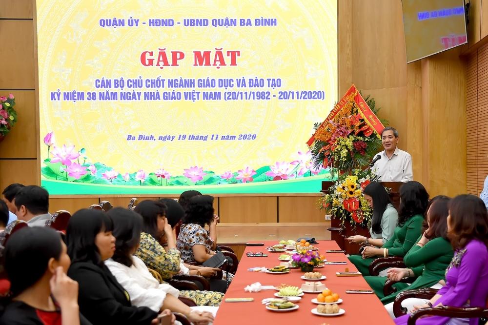 Quận Ba Đình: Gặp mặt cán bộ chủ chốt ngành Giáo dục và Đào tạo nhân ngày 20/11