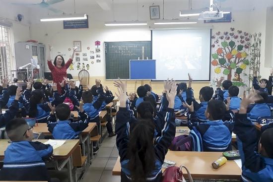 Cô giáo hết lòng vì học sinh