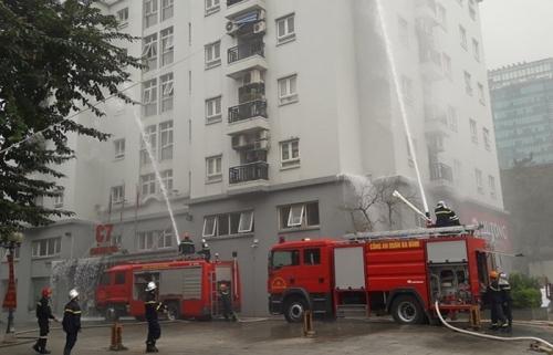 Quận Ba Đình:  Diễn tập phòng cháy chữa cháy tại tòa nhà chung cư