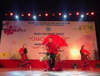 Đại sứ các nước tham gia giao lưu nghệ thuật quốc tế