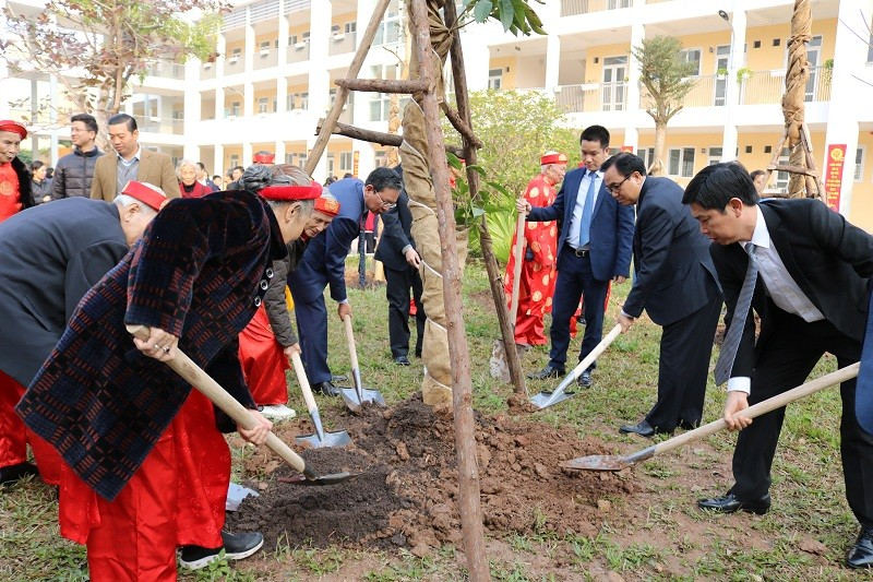 Quận Nam Từ Liêm phát động Tết trồng cây Xuân Canh Tý 2020