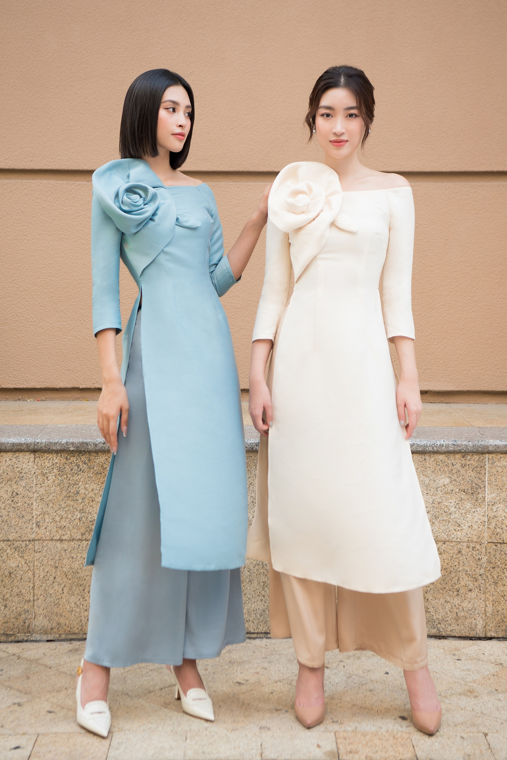 Hoa hậu Đỗ Mỹ Linh trình làng Bộ sưu tập áo dài Tết đến từ thương hiệu do cô sở hữu