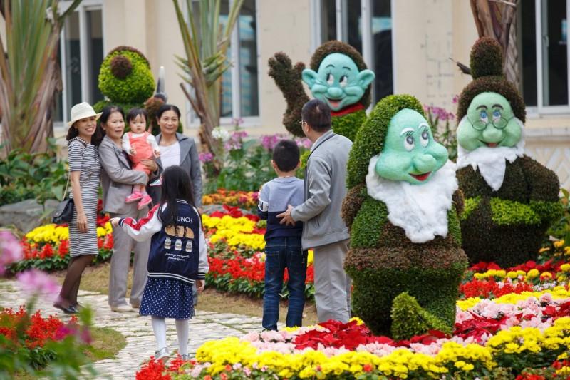 'Công viên Disney phiên bản Việt' thu hút đông đảo du khách