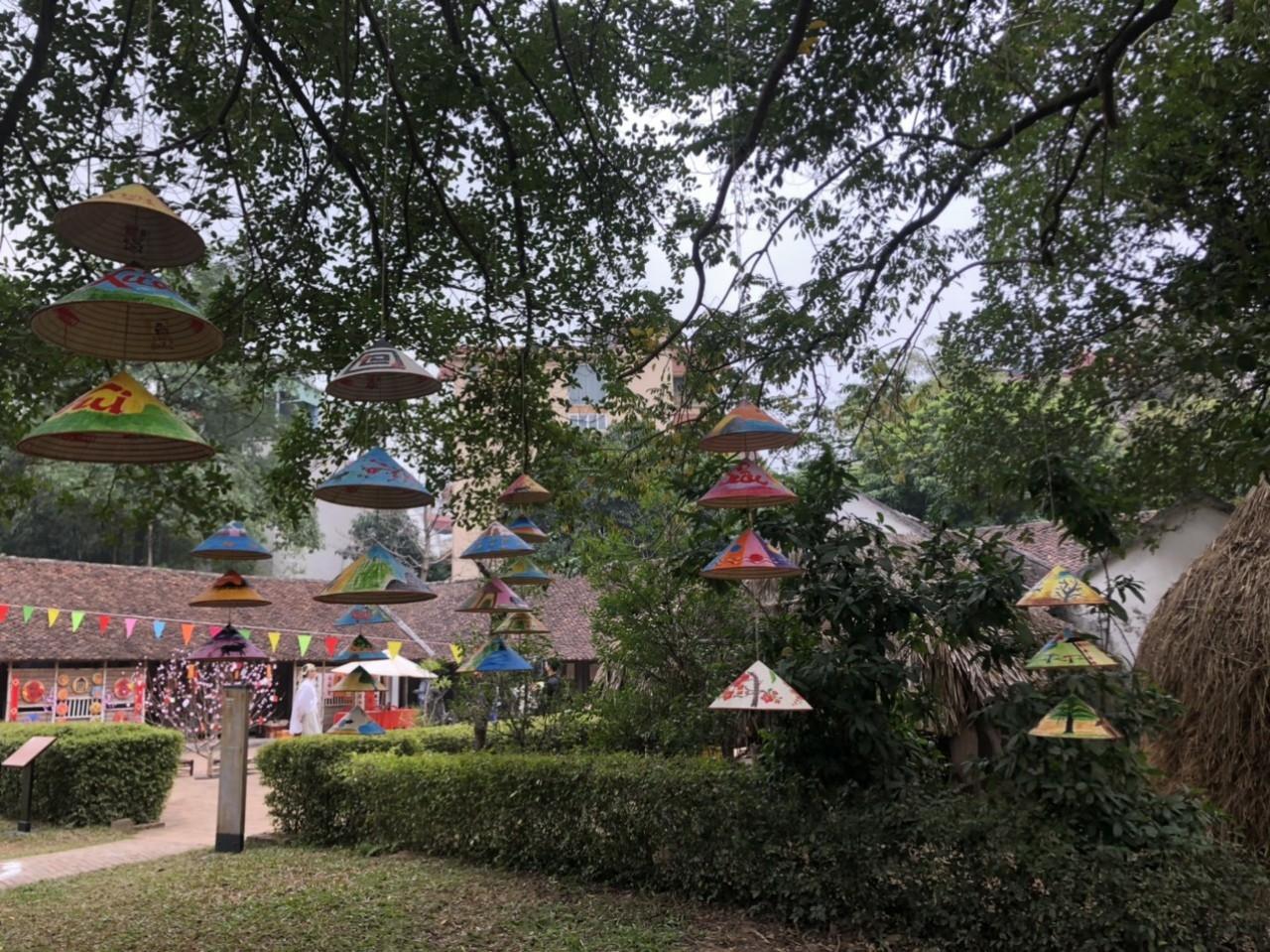 Bất ngờ với các góc check-in độc đáo, mới lạ tại Bảo tàng Dân tộc học Việt Nam dịp Tết