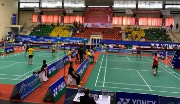 Tiến Minh thắng trận ra quân giải cầu lông quốc tế Hà Nội Ciputra 2017