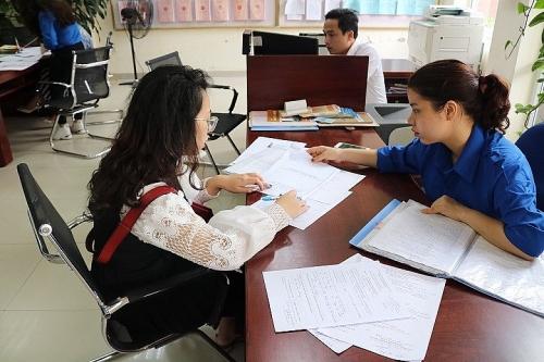 Đoàn thanh niên quận Nam Từ Liêm ra quân hỗ trợ giải quyết thủ tục hành chính