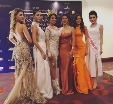 Huyền My đọ dáng với Top 5 Hoa hậu Hòa bình thế giới 2016