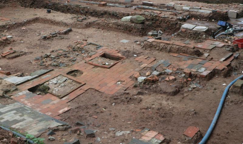 Cận cảnh khu vực điện Kính Thiên tại Hoàng thành Thăng Long sau khi được khai quật