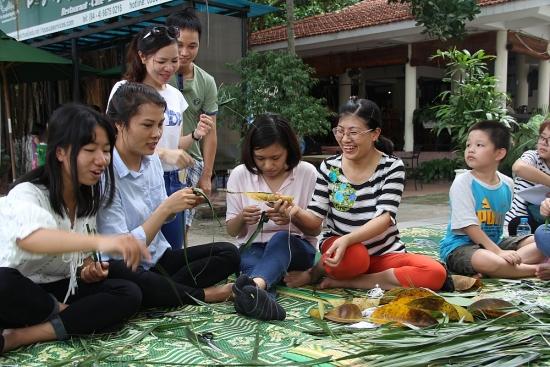 Giờ vàng tham quan miễn phí Bảo tàng Dân tộc học Việt Nam