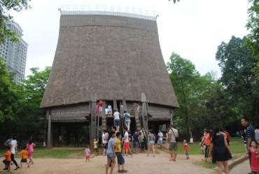 Bảo tàng Dân tộc học Việt Nam là 'Điểm tham quan du lịch hàng đầu Việt Nam'