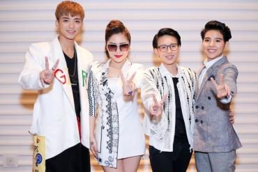 Giọng hát Việt Nhí 2017: 4 HLV xuất hiện rạng rỡ