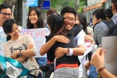 Ngày hội Ôm Quốc tế 2017: Yêu thương xin đừng để đó