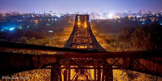 Triển lãm ảnh về cầu Long Biên: Để nhớ một thời ta đã yêu