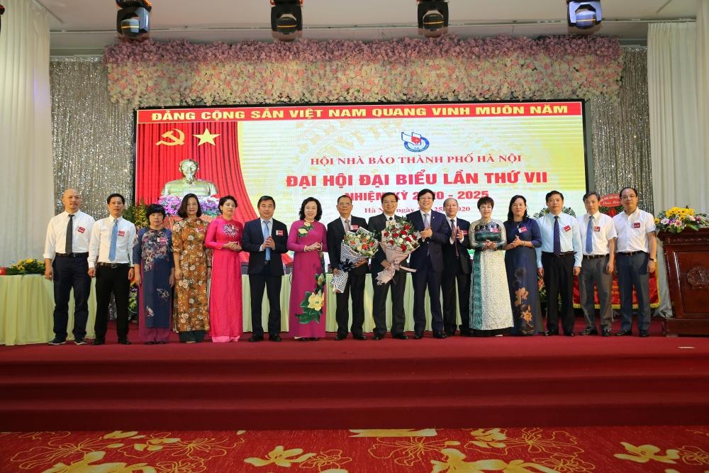 Đại hội Đại biểu Hội Nhà báo thành phố Hà Nội lần thứ VII, nhiệm kỳ 2020-2025 diễn ra thành công, tốt đẹp