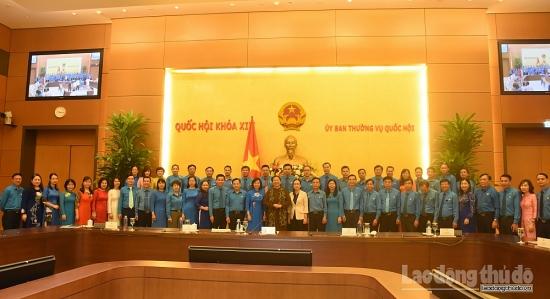 Phó Chủ tịch Thường trực Quốc hội Tòng Thị Phóng gặp mặt cán bộ chủ chốt Công đoàn Thủ đô