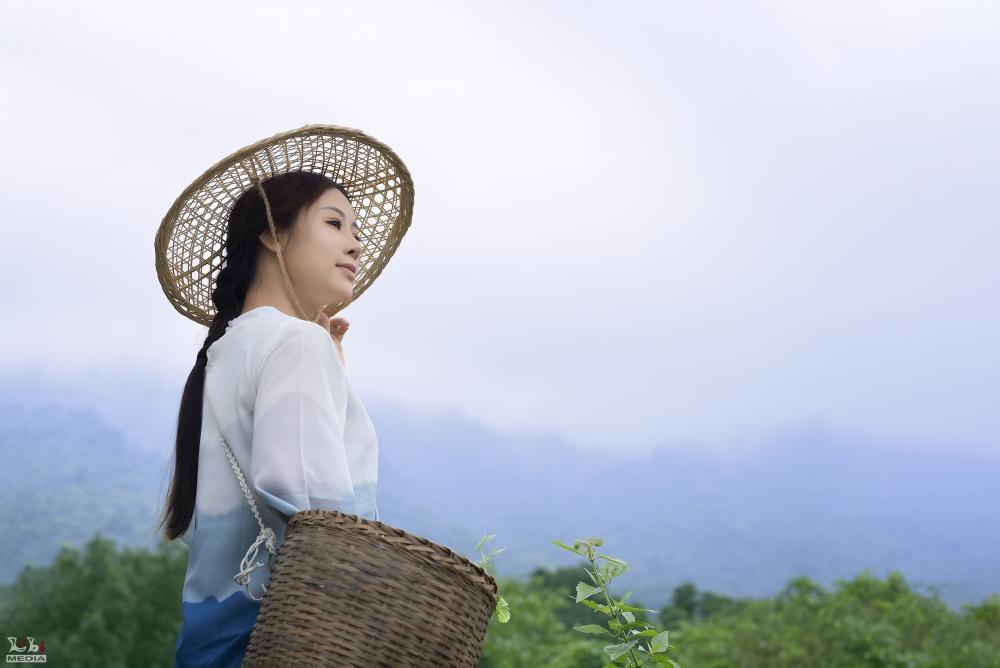 Cảnh sống bình yên, thơ mộng nơi núi rừng trong MV cover nhạc phim Tây Du Ký của Hoa Trần