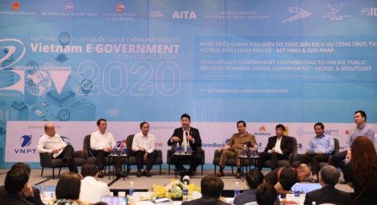 Đẩy mạnh xây dựng Chính phủ số và chuyển đổi số các ngành, lĩnh vực