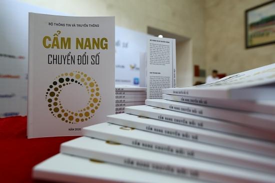 Cẩm nang Chuyển đổi số - Cuốn sách truyền cảm hứng cho những đột phá công nghệ số