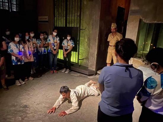 Trải nghiệm đêm tại Di tích Nhà tù Hoả Lò: Nhiều ấn tượng để lại