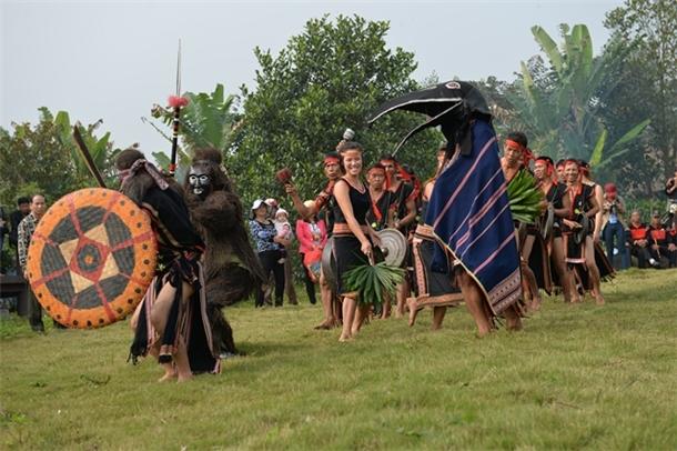 """Thưởng thức """"Giai điệu núi rừng"""" tại Làng Văn hóa - Du lịch các dân tộc Việt Nam"""