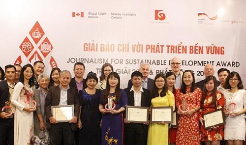 Phát động Giải Báo chí với Phát triển bền vững năm 2019