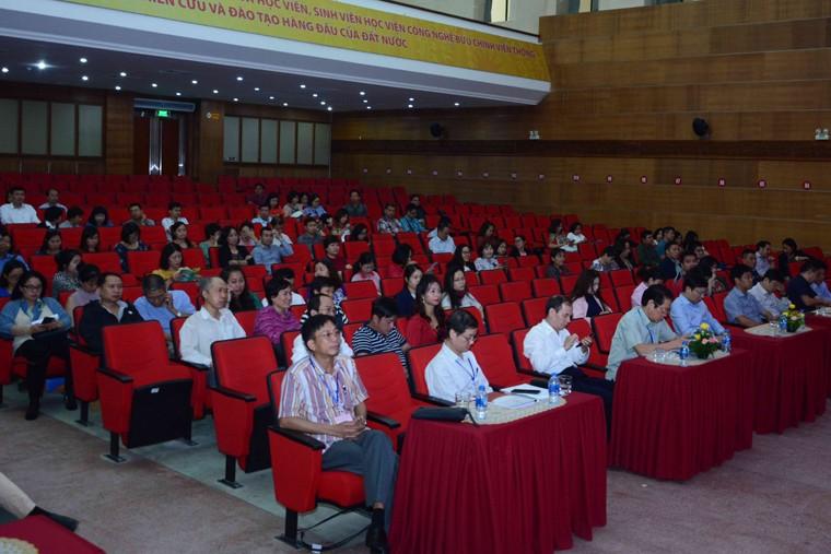 200 phóng viên, biên tập viên thi thăng hạng chức danh nghề nghiệp viên chức