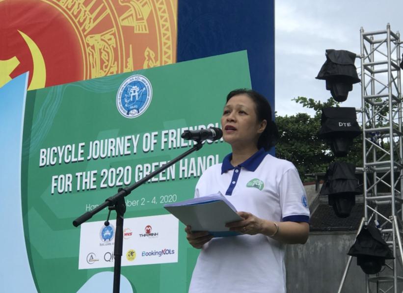 Sôi động hành trình xe đạp hữu nghị vì thành phố Hà Nội xanh năm 2020