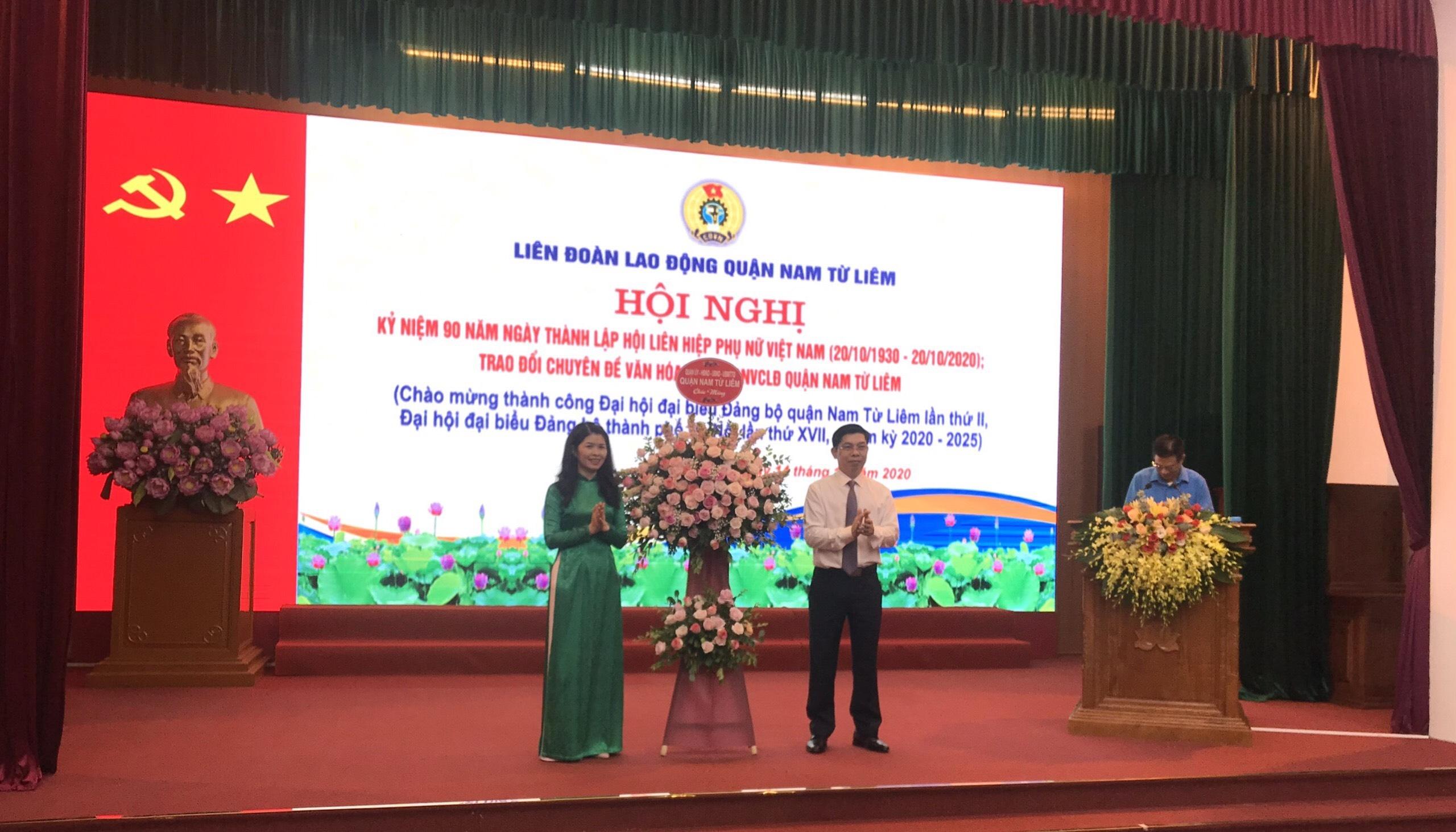 Ôn lại truyền thống 90 năm lịch sử vẻ vang của Hội Liên hiệp Phụ nữ Việt Nam