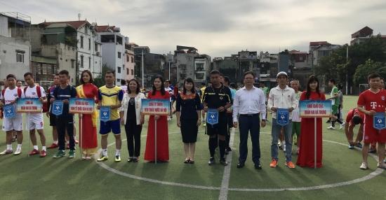 Tưng bừng khai mạc Giải bóng đá truyền thống quận Hai Bà Trưng lần thứ XX năm 2020
