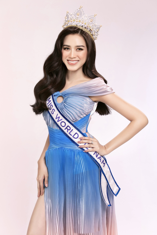 Nhan sắc Hoa hậu Đỗ Thị Hà trước ngày lên đường thi Miss World 2021