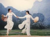 Vẻ đẹp phụ nữ Việt qua tà áo dài trong 'Vườn xưa'