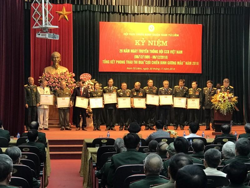 Quận Nam Từ Liêm khen thưởng các Cựu chiến binh gương mẫu năm 2018