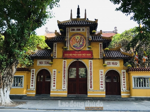 Ghé thăm ngôi chùa cổ linh thiêng của Thủ đô