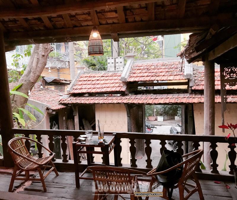 Độc đáo cà phê nhà sàn giữa lòng Hà Nội