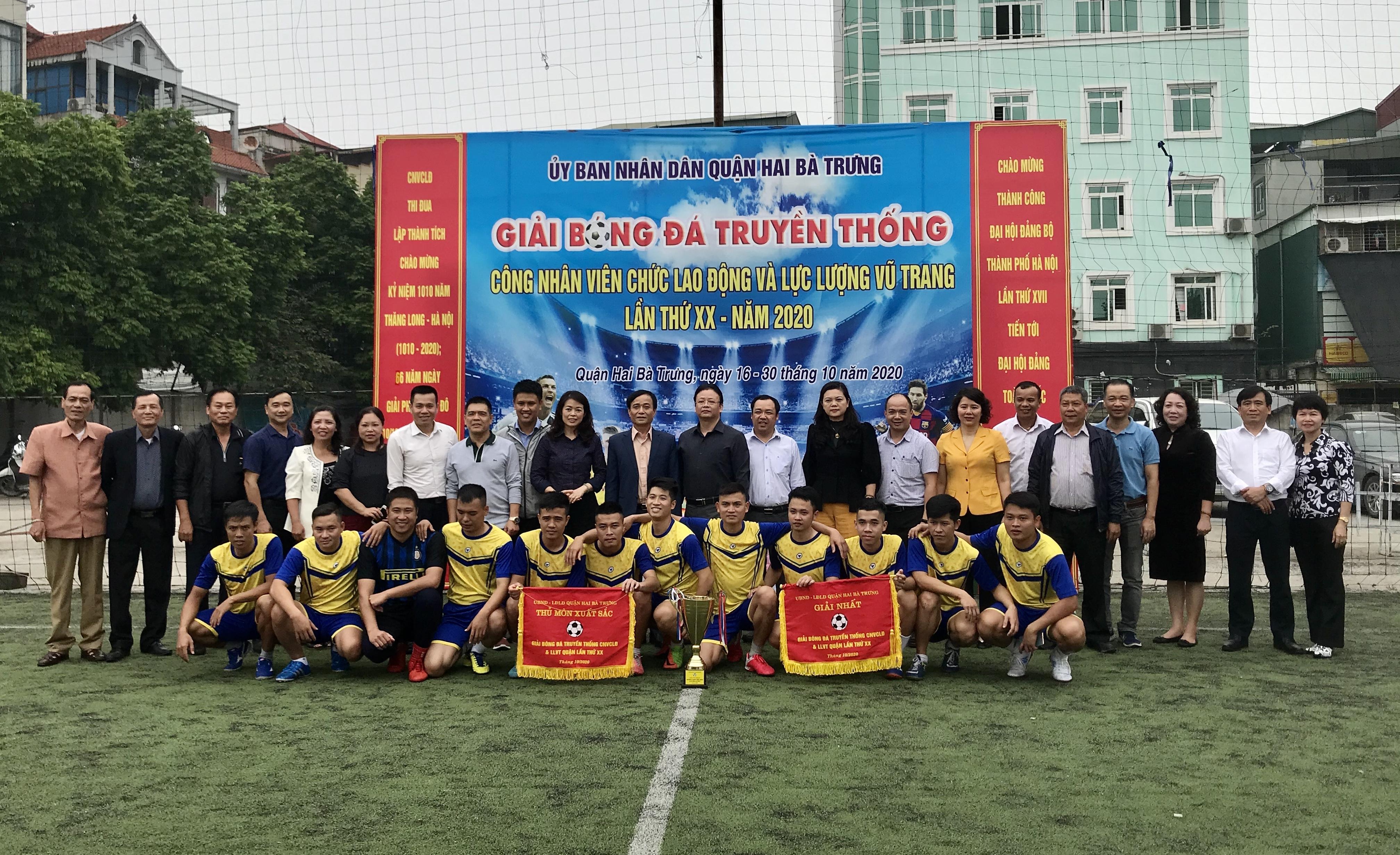Công ty TNHH MTV Thoát nước Hà Nội vô địch Giải bóng đá truyền thống quận Hai Bà Trưng