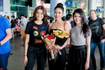 Á hậu Nguyễn Thị Loan rạng rỡ về nước sau Hoa hậu Hoàn vũ Thế giới