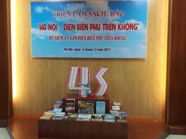 Triển lãm sách báo 'Hà Nội - Điện Biên Phủ trên không'