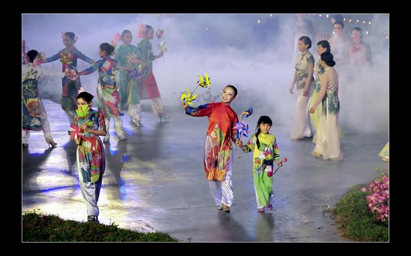 Nhiều hoạt động văn hoá đặc sắc tại Festival Huế 2018