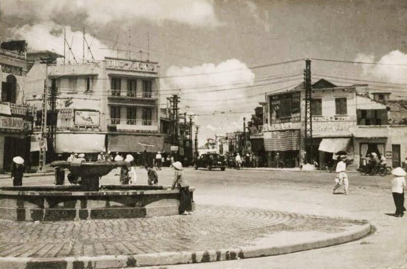 Quảng trường Đông Kinh Nghĩa Thục xưa và nay