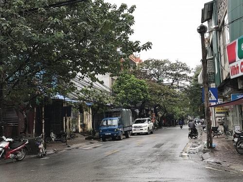 Quận Hai Bà Trưng sửa chữa mặt đường hành lang đê Hữu Hồng